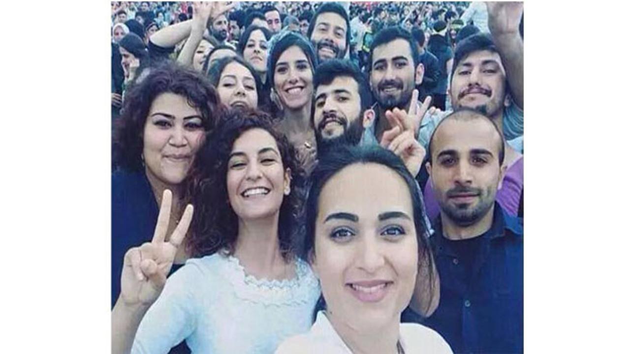 HDP, görgü tanıklarıyla konuşarak Suruç raporu hazırladı