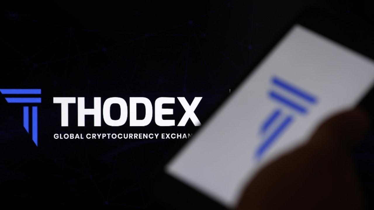 Thodex - Duvar English