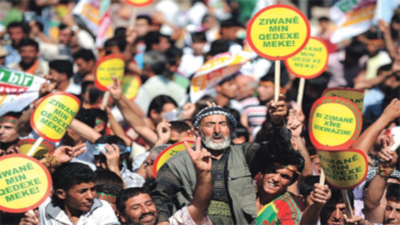 Kürt sorunu anketi: Yüzde 35.5 demokrasi, yüzde 5.5 silahlı mücadele