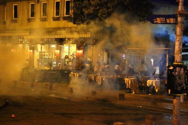 Firuzağa'daki eyleme polis müdahalesi