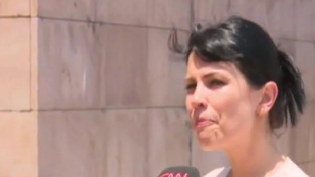 Çocuk tacizcisini yakalatan öğretmen yayında ağladı