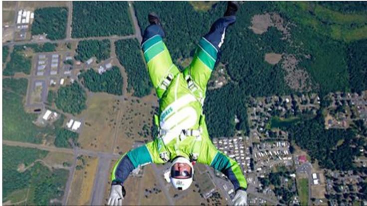 7620 metreden paraşütsüz atlama rekoru!