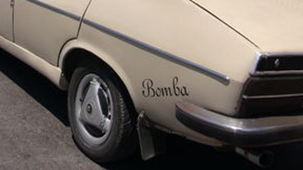 İstanbul'da 'bomba'lı araç alarmı!