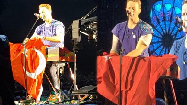 Coldplay Berlin'de Türkiye'yi unutmadı