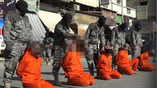 IŞİD beş futbolcunun kafasını kesti