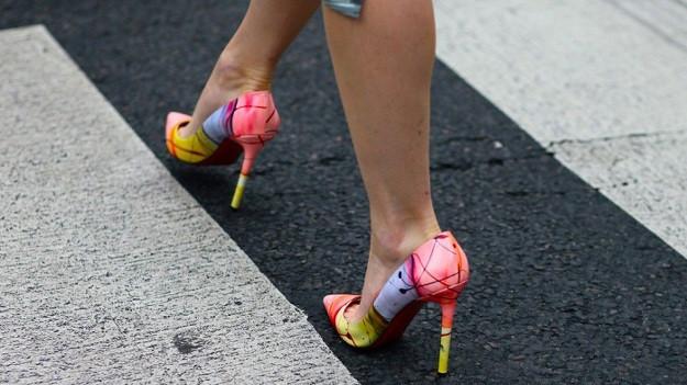 Topuklu ayakkabı kanser yapabilir!