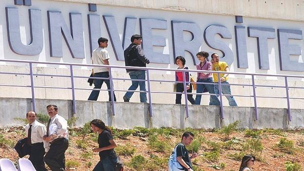 Kapatılan üniversitelerin öğrencileri ne olacak?