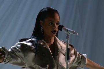 Rihanna ve Beyonce aynı sahnede