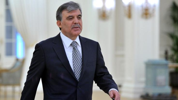 AK Parti'den Gül'e FETÖ soruları