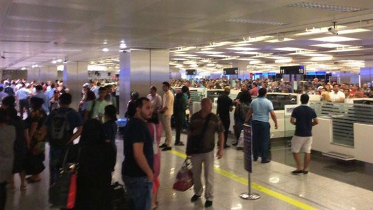 Polisten bütün havalimanlarına uyarı