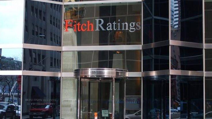 Fitch, Türkiye büyüme tahminini yine düşürdü