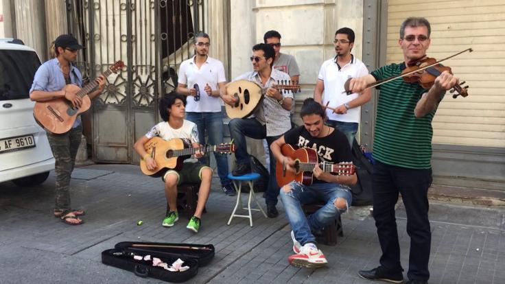 İstanbul'da mülteci sesler