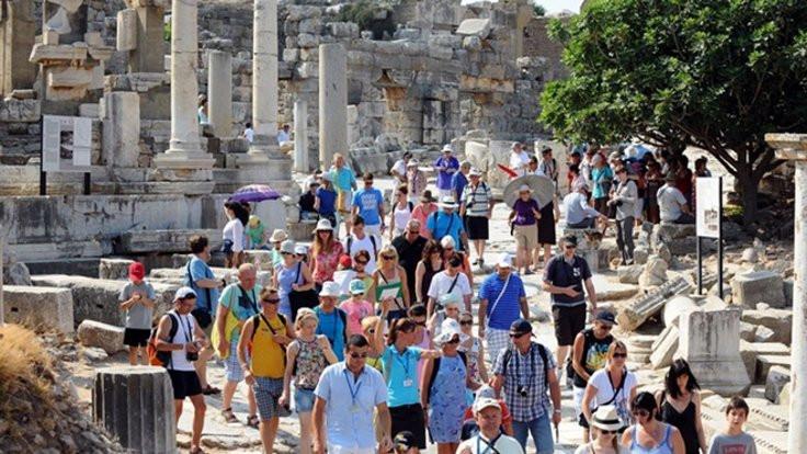 Türkiye'deki turizm krizi Fraport'u vurdu