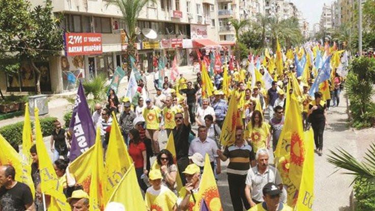 MEB okullara eylemci öğretmenleri sordu