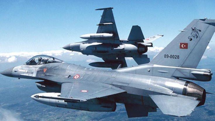 İstanbul'da alçak uçuş iddiasına açıklama