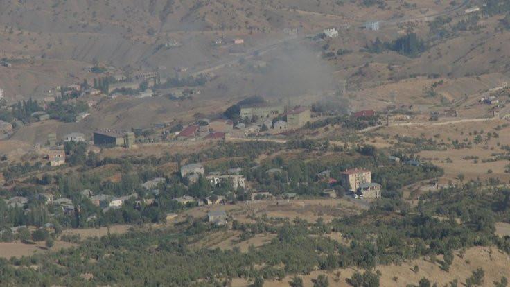 Hakkari'de üs bölgelerine saldırı