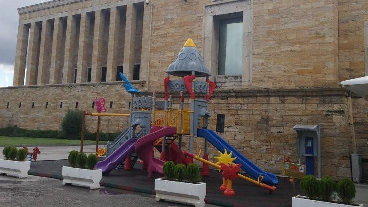 Anıtkabir'e çocuk parkı tepkisi