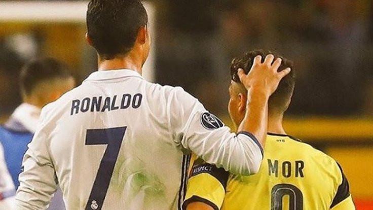 Ronaldo Emre Mor'u övdü