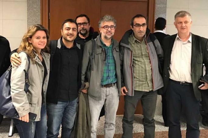 Evrensel Gazetesi'ne beraat