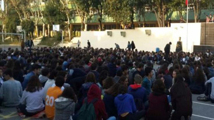 Kadıköy Anadolu Lisesi'nde eylem
