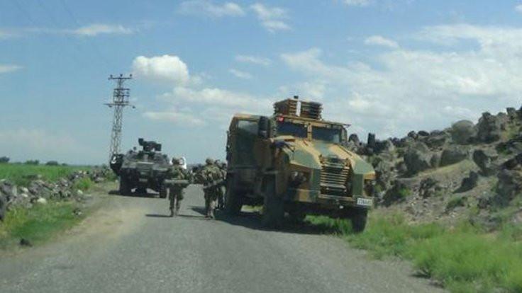 Hakkari'de askere silahlı saldırı