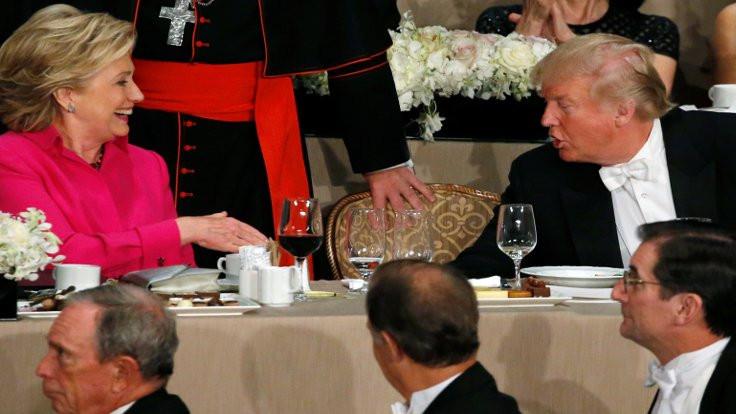 Trump yemekte yuhalandı