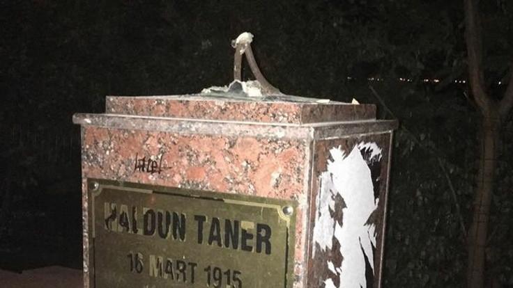 Haldun Taner'in büstü parçalandı