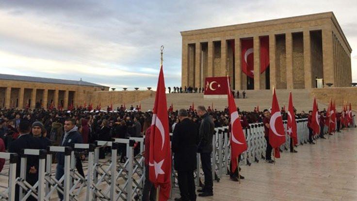 Mustafa Kemal Atatürk anılıyor