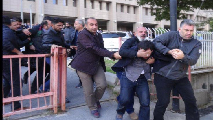ÇHD'li avukatlara yaka paça gözaltı