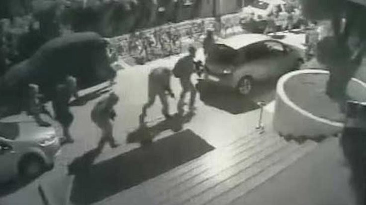 Askerlerle çatışan polislerden bazıları tutuklanmış