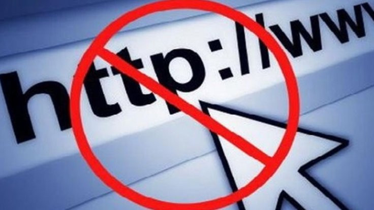 Türkiye'de internet 'özgür değil'