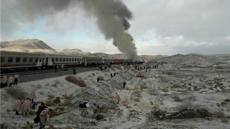 İki tren çarpıştı: Çok sayıda ölü var