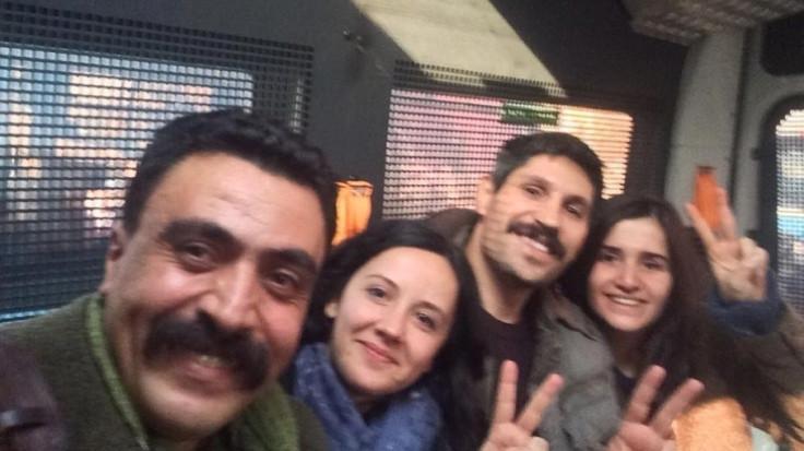 ÇHD Başkanı Kozağaçlı ve üç avukat serbest bırakıldı