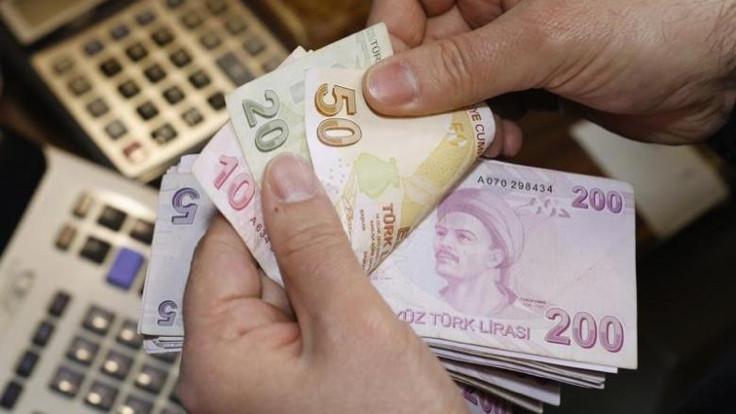 Birleşik Metal-İş: Asgari ücret en az 2 bin 300 lira olmalı