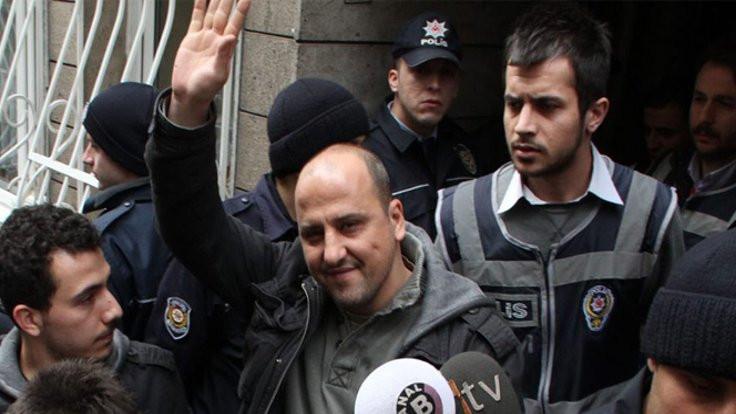 Ahmet Şık'a 'Cesur Gazetecilik Ödülü' verildi