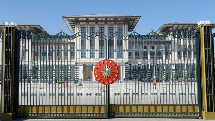 İki Cumhurbaşkanlığı kararnamesi yayınlandı