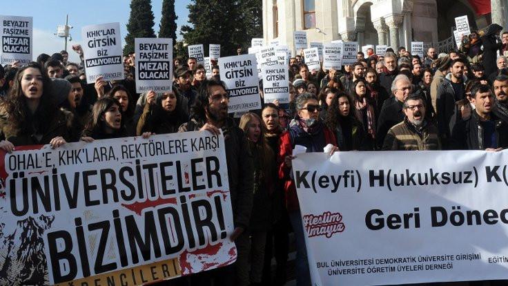 İstanbul'da OHAL protestosu