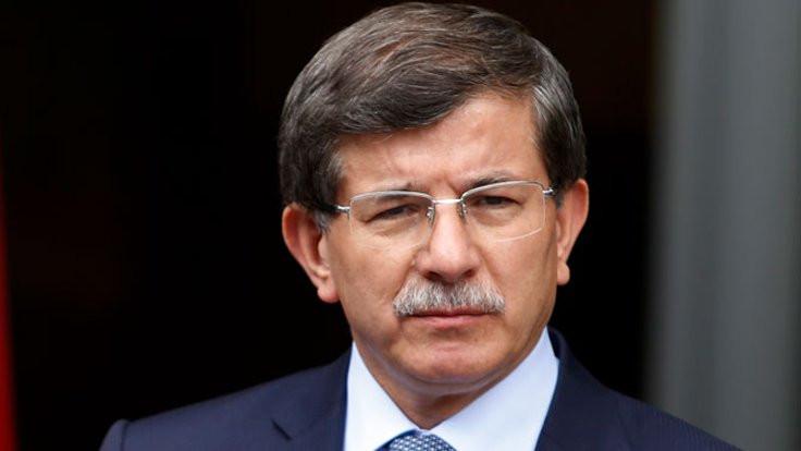 Üniversiteden Davutoğlu konferansına iptal