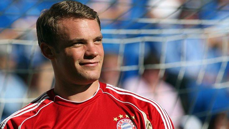 Manuel Neuer yılın kalecisi seçildi