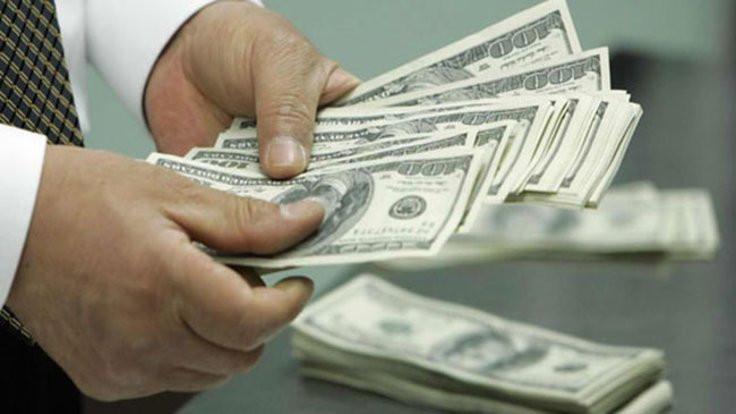 Kritik gün öncesi dolarda hızlı artış