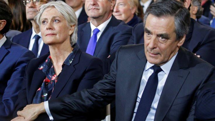 Fransa parlamentosuna yolsuzluk baskını