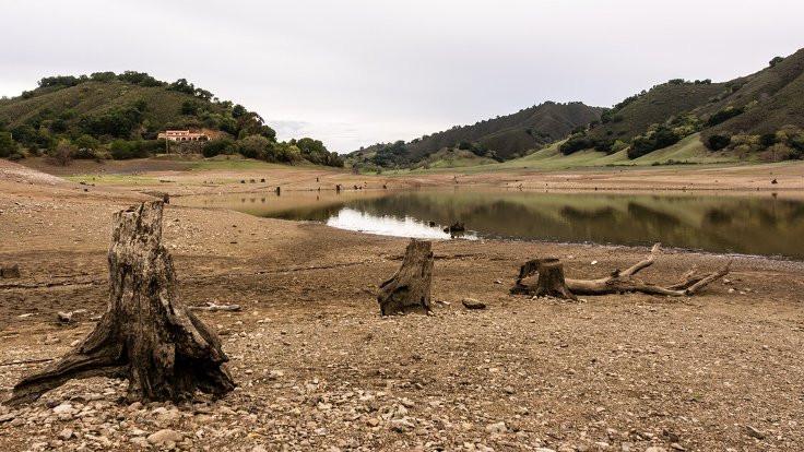 Dünyanın suları: Susuzlukta boğulmaya doğru