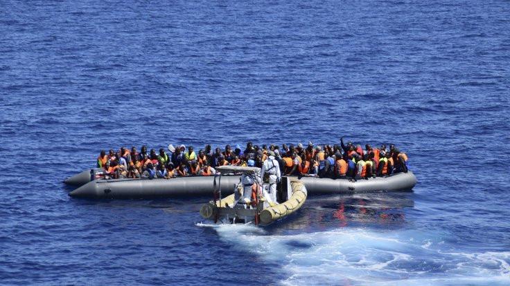 Mülteci teknesi battı: 146 kişi kayıp