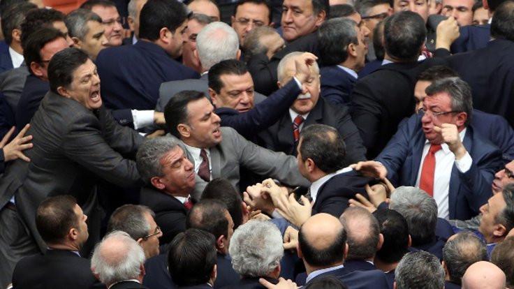 Meclis rekortmenleri: İlk üç aynı partiden