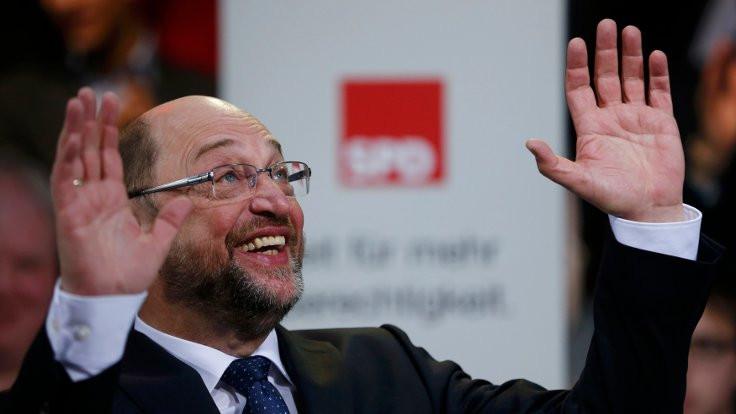Martin Schulz resmen aday