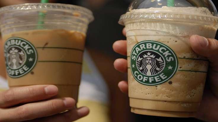 Starbucks'tan Trump'a tepki: Mültecileri istihdam edeceğiz