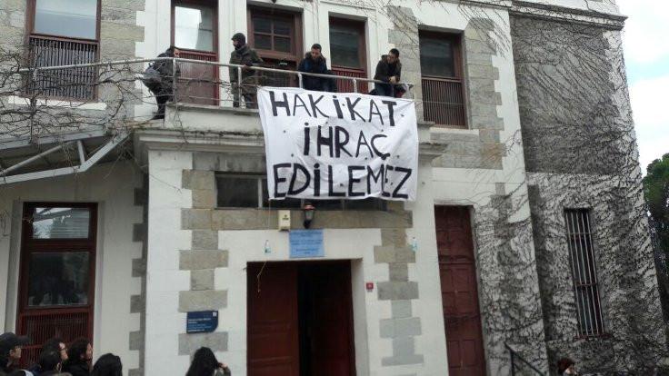 Vatan Yahut Silistre: Sürgün akademisyenler