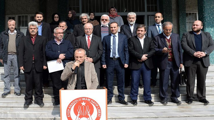 İmam hatipte 'resmi' 28 Şubat protestosu