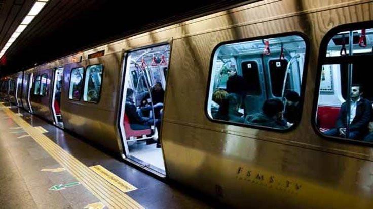 Metro yeniden kullanıma açıldı