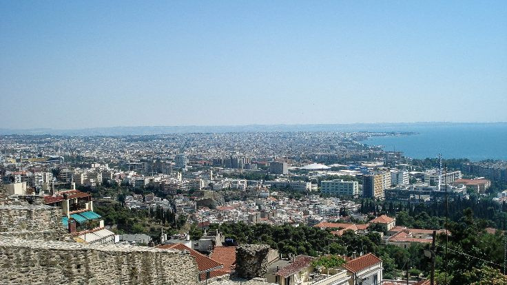 Selanik'te bomba tahliyesi